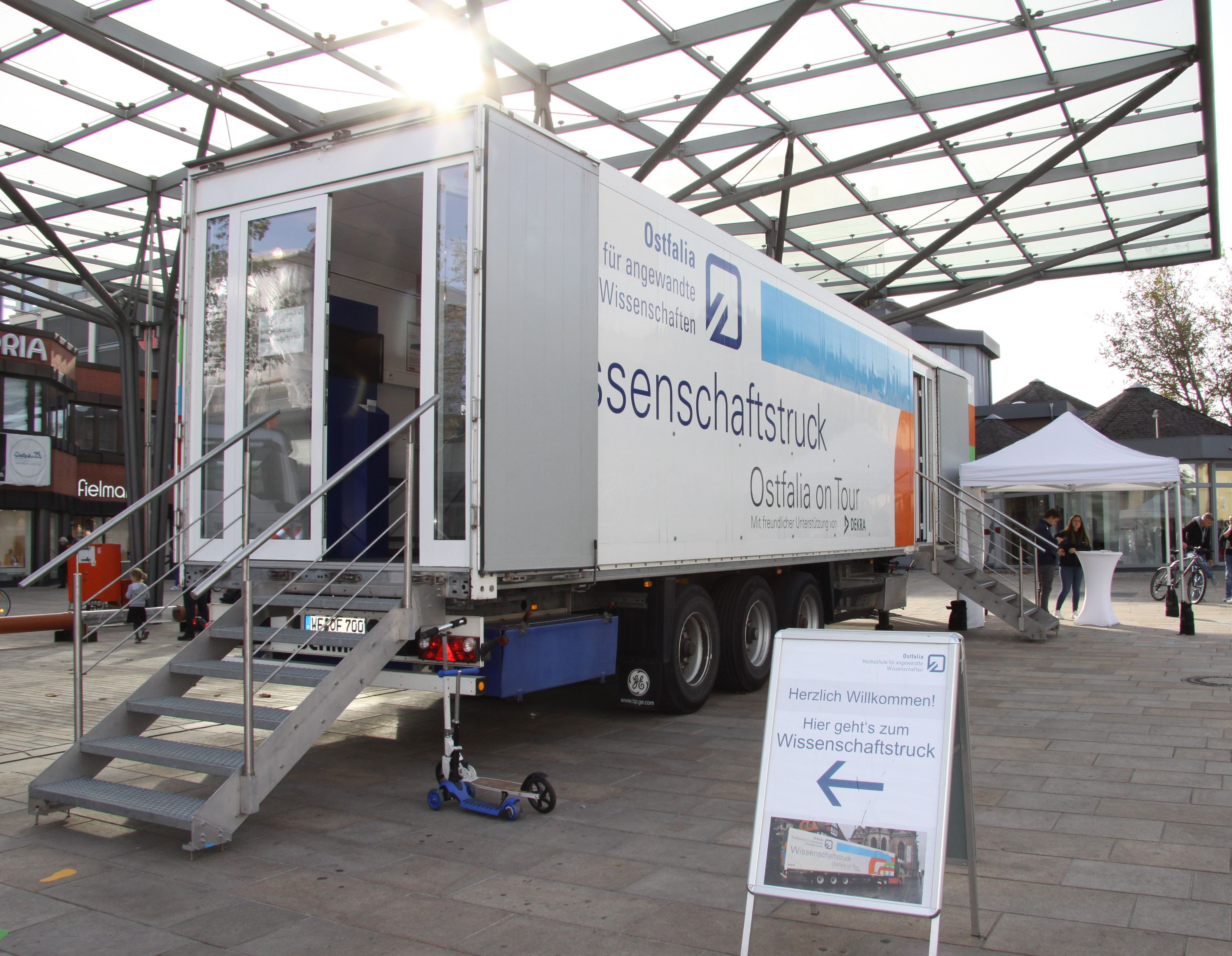 IMG_wob-erlebniswelten_sciencetruck